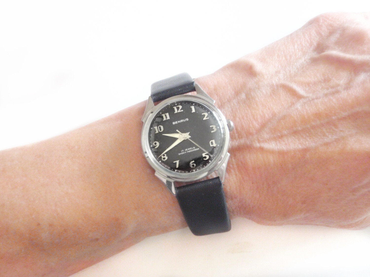 Mid Century Benrus Watch 3051 Series Black Dial Fancy Lugs in Case