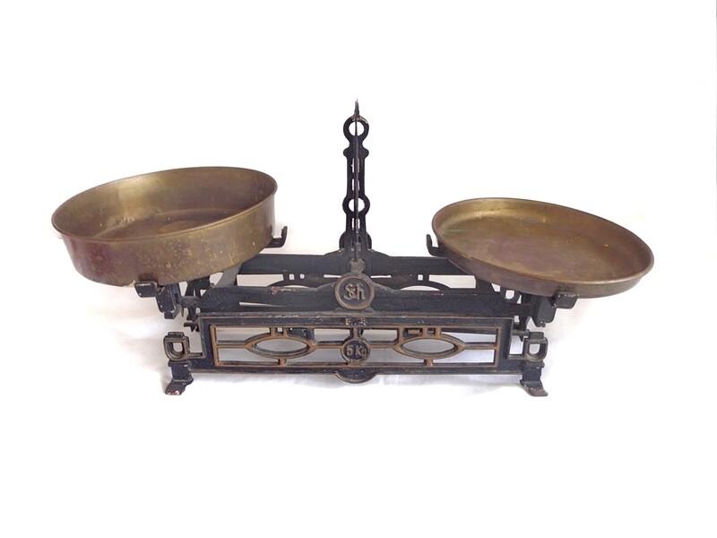 Antique Iron Brass Weight Scale Vintage Kitchen Home Decor
