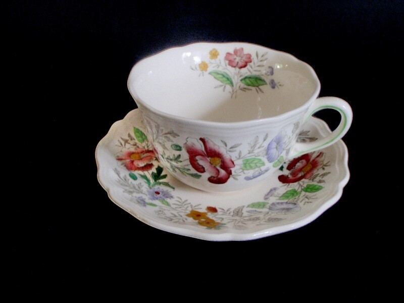 2 Royal Doulton Stratford Coffee Tea Cups and Saucers