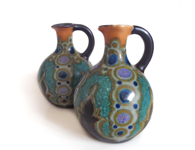 2 Art Deco 1928 Henley Gouda Holland Ewer Vases