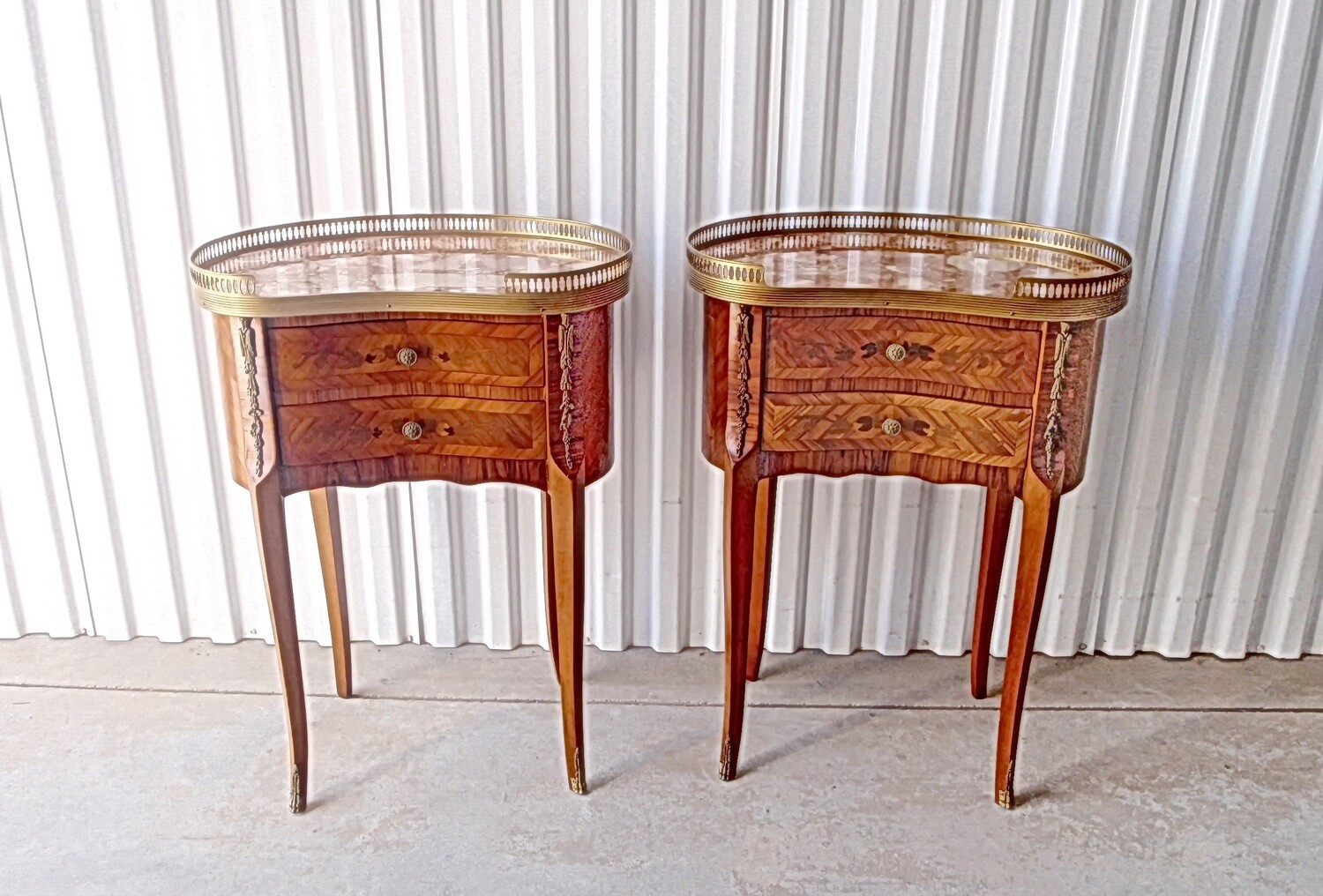 2 French Louis XV Kidney Shaped Side End Table