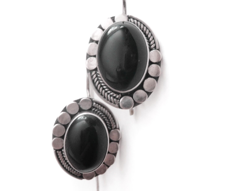 Vintage Southwestern Chic Sterling Onyx Earrings