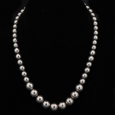 Taxco Silver Bench Bead Graduated 16.5 Inch Necklace
