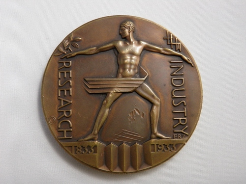 Austrian Art Deco Bronze Chicago Exposition 1933 Industry and Research Medal Sg'd Zeittler