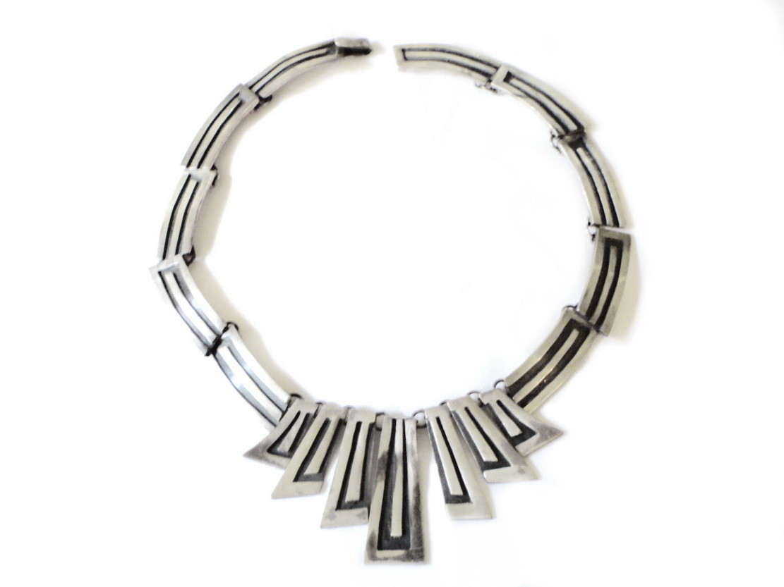 Taxco Mexico 940 Sterling Silver Necklace Signed