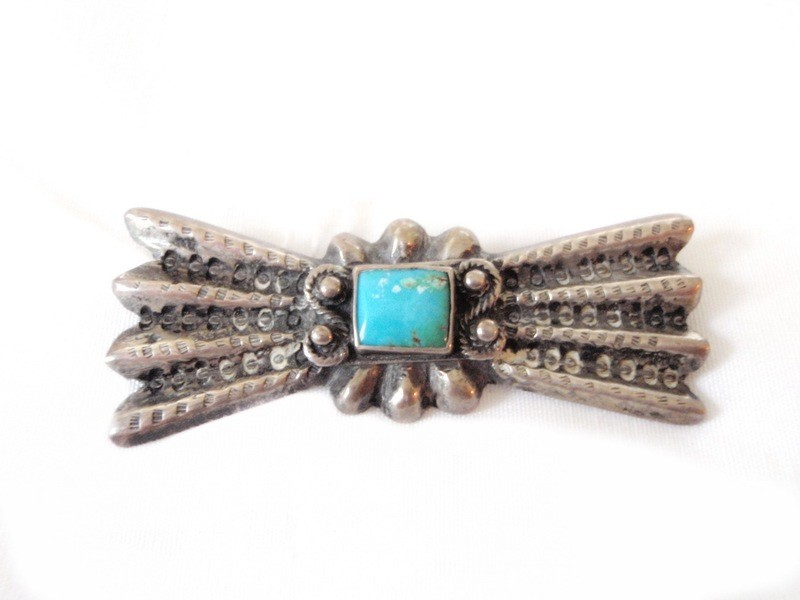 Vintage Native American Sterling and Turquoise Brooch / Pin Sg'd