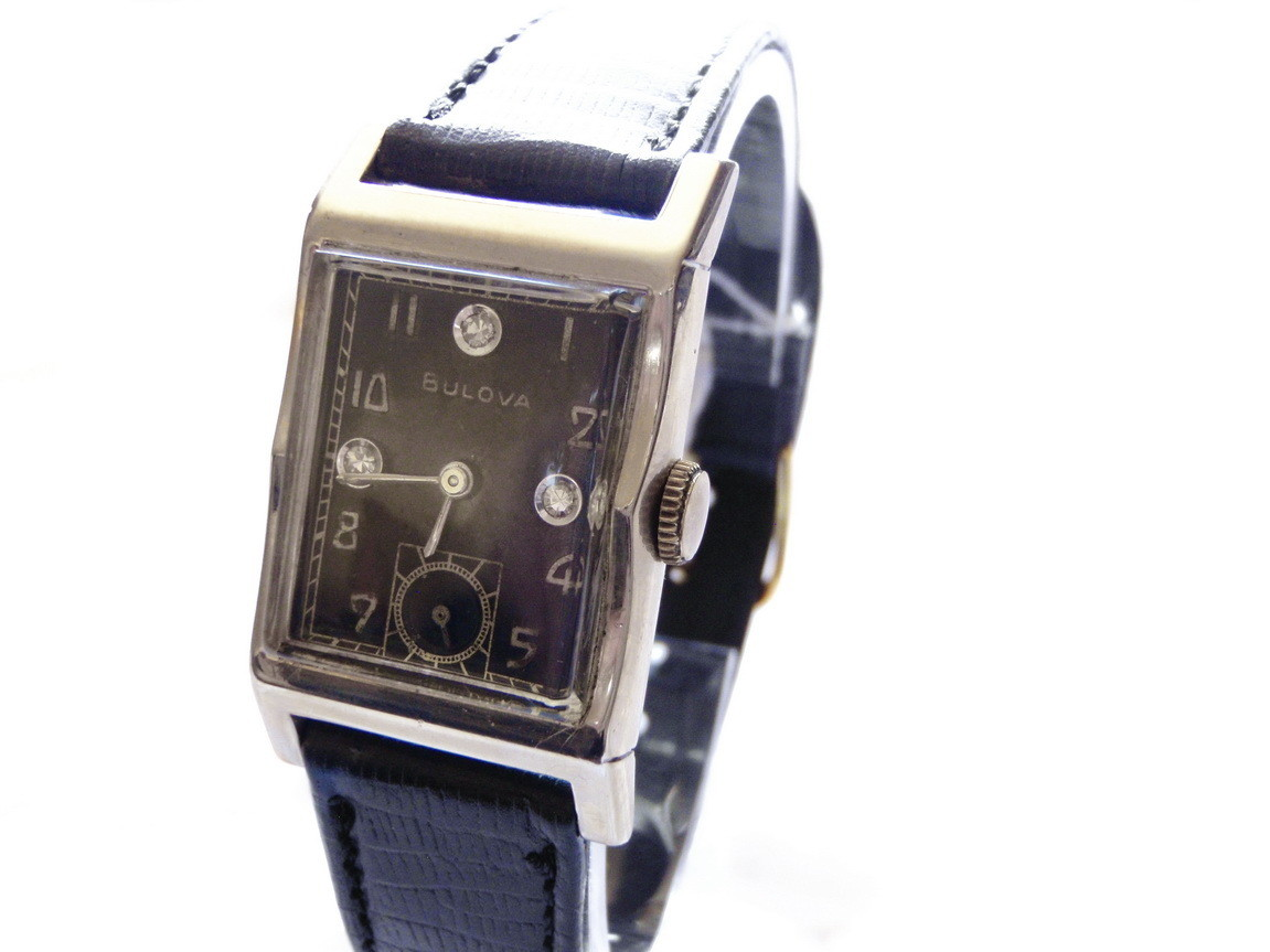 1952 Bulova Solid 14k Gold Black Diamond Dial Watch