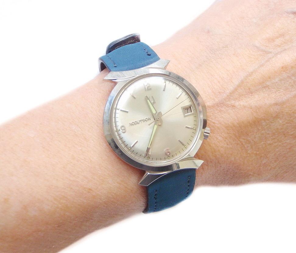 Mad Men 1966 Bulova Accutron Watch Bow Tie Lugs