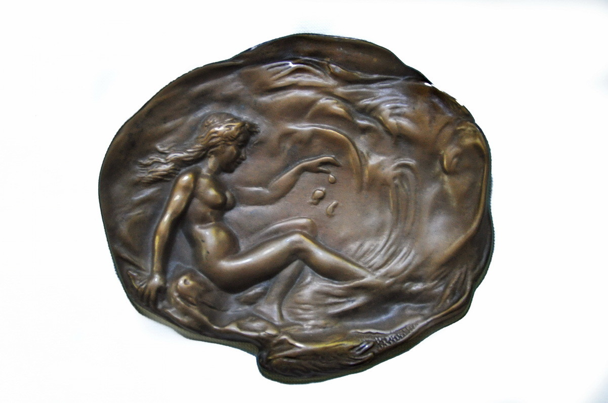 Antique Nude Maiden Bronze Vide Pouche Vanity Display Tray