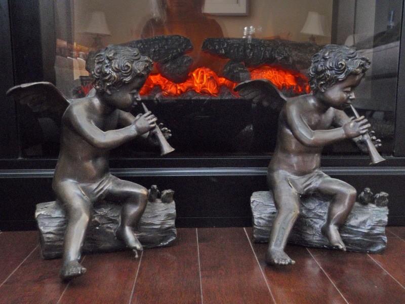 1 Vintage Bronze Cherubim Sculptures for Fireside Fireplace Mantle