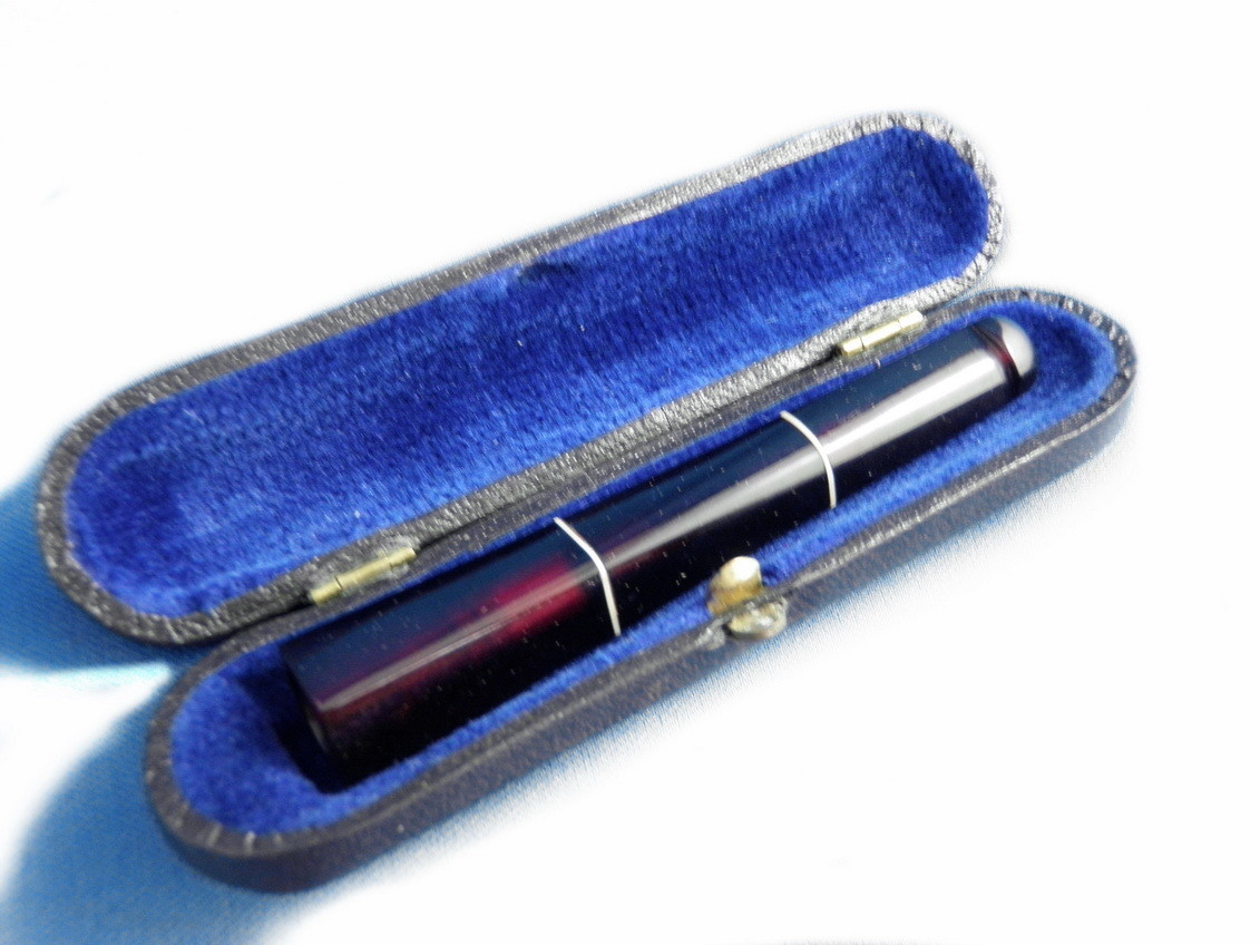 Czech Cherry Amber Ivory Art Deco Cigarette Holder Orginal Case