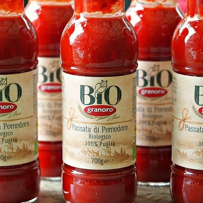 Organic Tomato Sauce -- 700ml