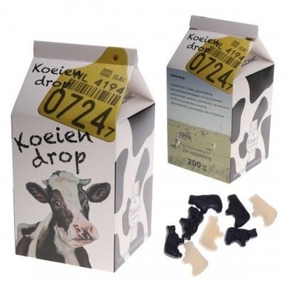 Melkpak gevuld met koeiendrop