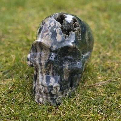 Samanka Crystal Skull: Green Ray Healing