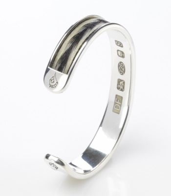 Woven inlaid horse hair torque bangle - Patterned