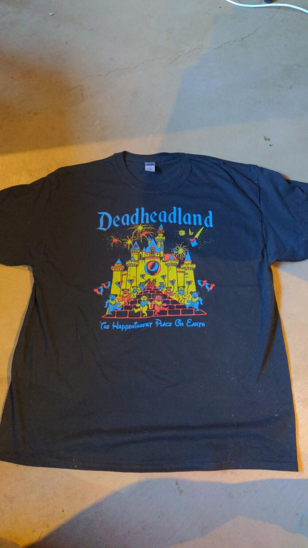 LARGE BLACK Adult Deadheadland t-shirt (classic)