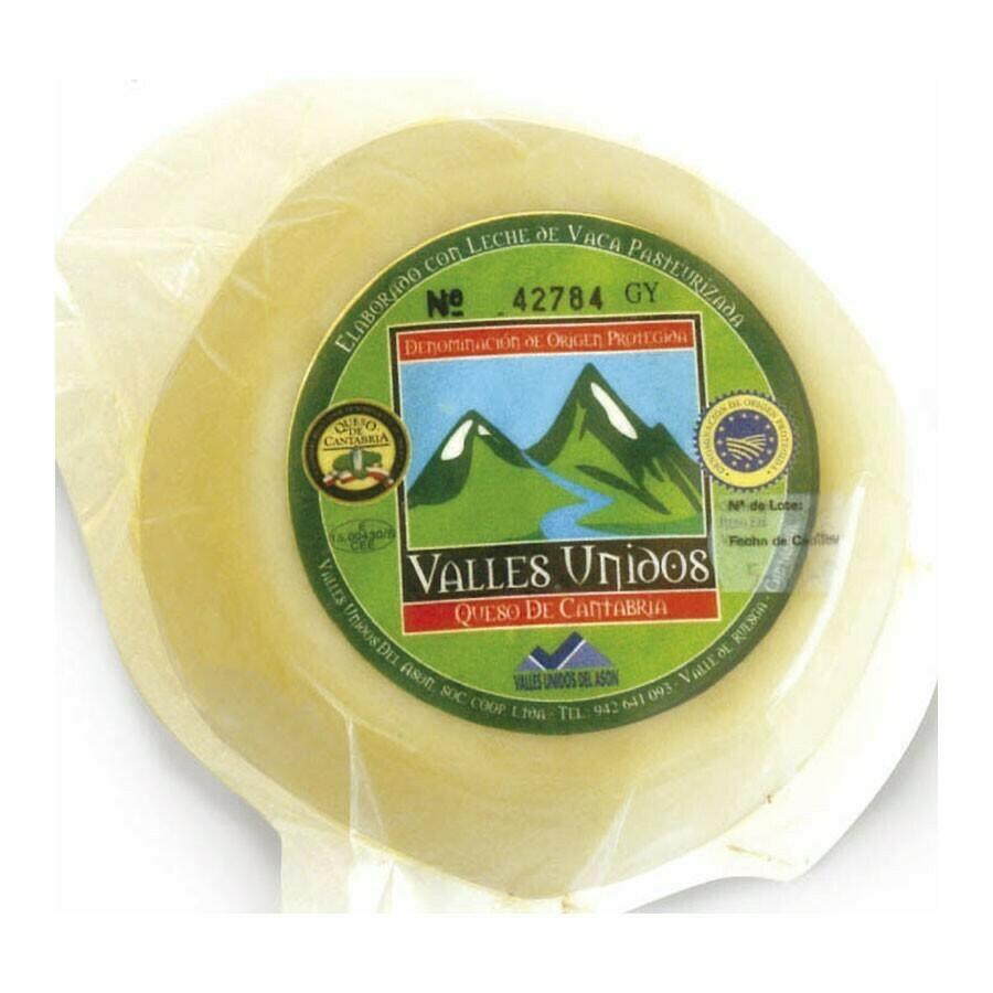 Queijo / Cow's Milk Cheese NATA DE CANTABRIA PDO (Semi Cured)  1 lb