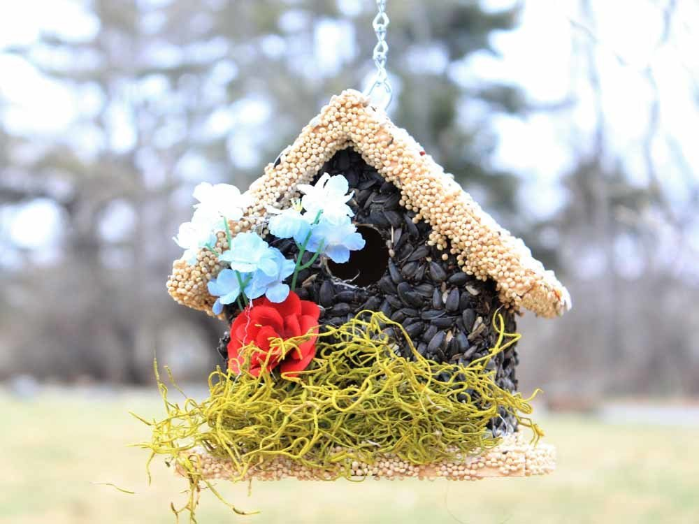 Edible Bird Feeder - Light Roof Short Birdhouse