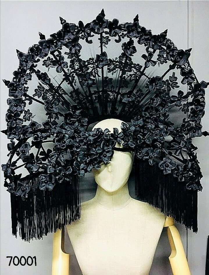 Lace Mantilla Hair Accessory
