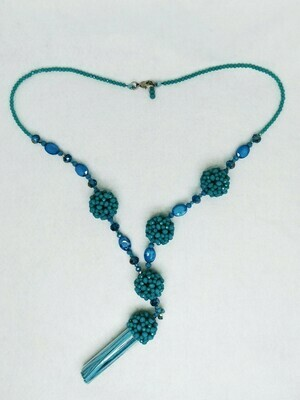 Tantalizing Teal Crystal Necklace