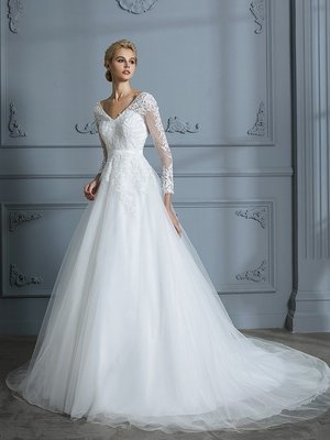 New V-neck Long Sleeves Court Train Lace Tulle Wedding Dresses