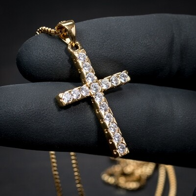 18k Gold Cross Pendant And Box Chain Necklace