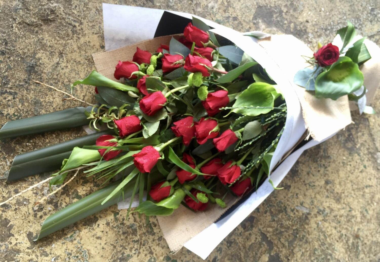 Roses - Premium Long Stem