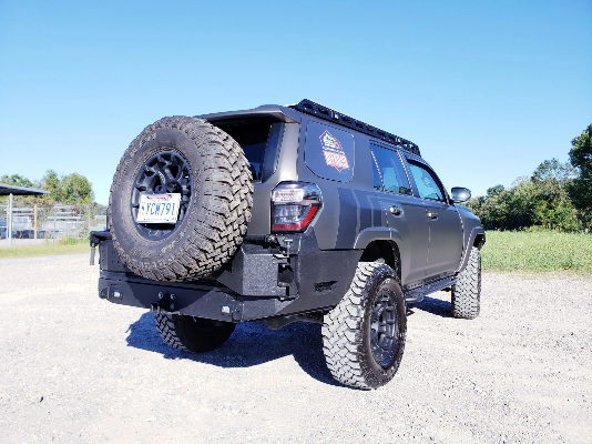 SSO - 5th Gen 4Runner V2.0 Rear bumper with TrailGator