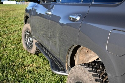 LFD Offroad - GX460 Rock Sliders - Flat, Bolt On, Bumpout with Fill Plates - with KDSS