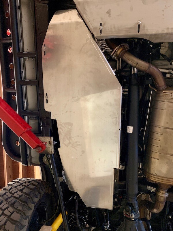 BudBuilt | Fuel Tank Skid Plate | Land Cruiser 200 Series, LX570