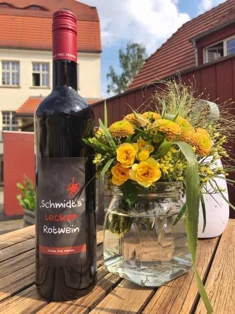 Schmidt's lecker Rotwein, Weingut DREI HERREN
