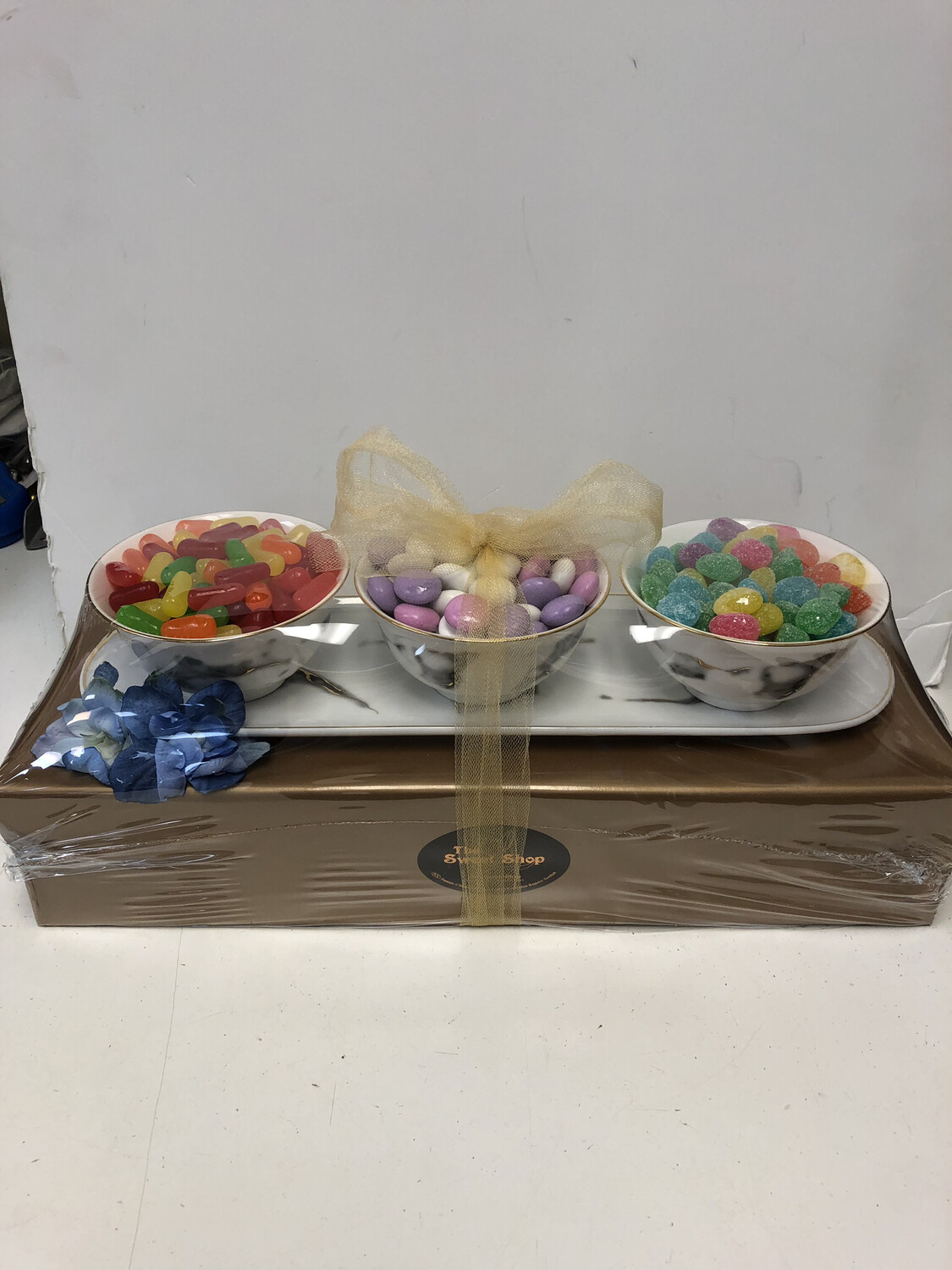 Candy With 3 Sectional Dish