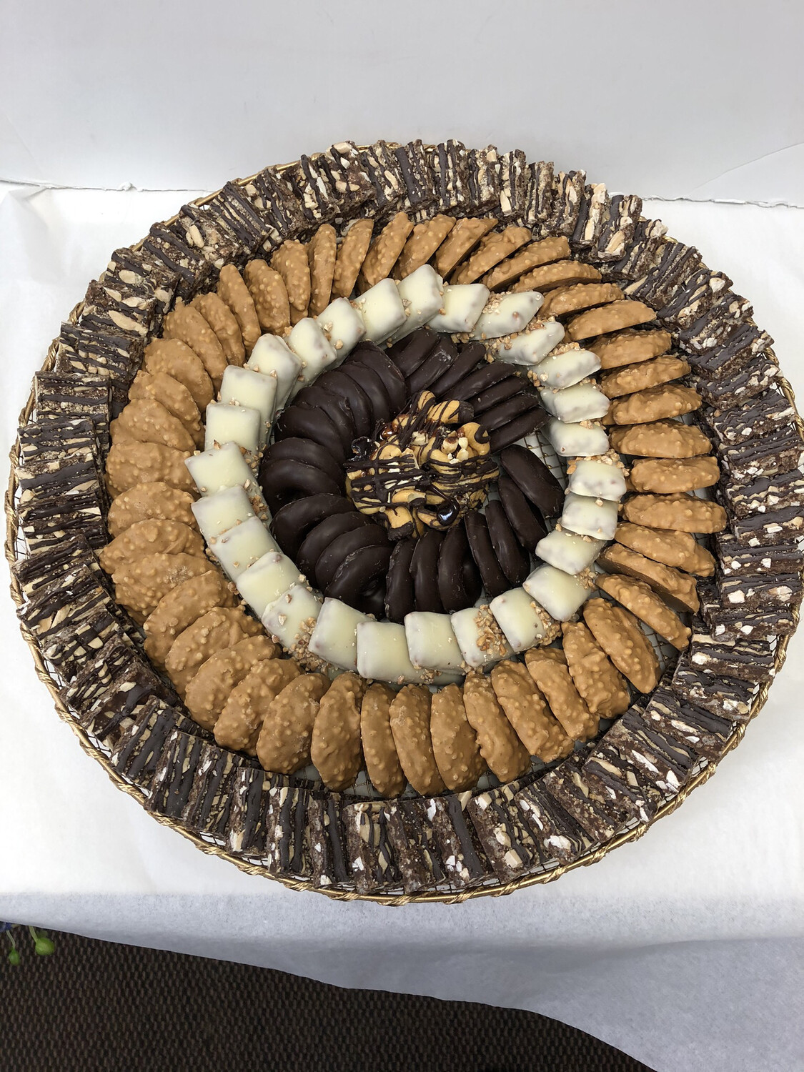 Large Gold Wired  Round  chocolate platter