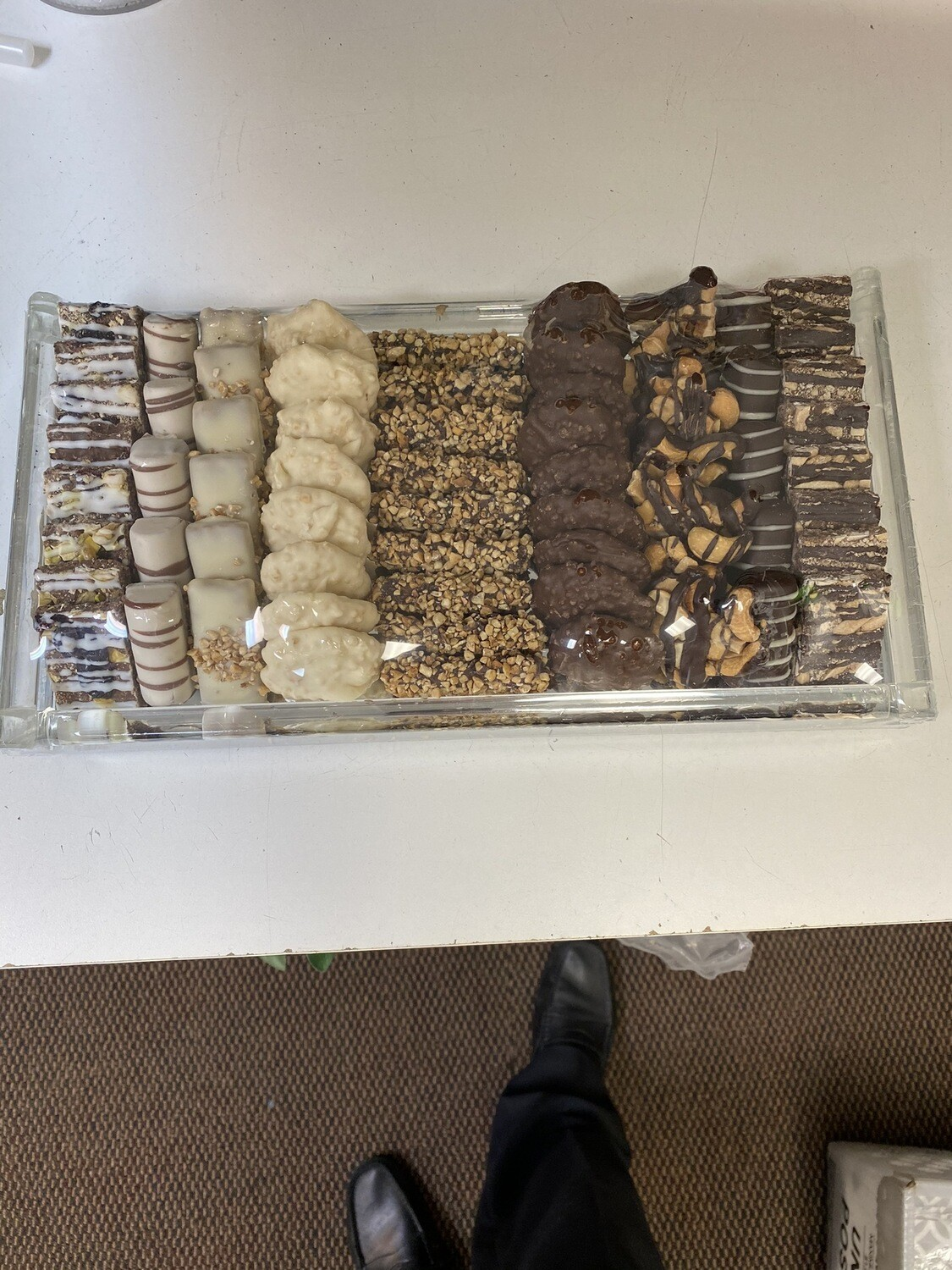 Mirror Tray With Chocolates Rec