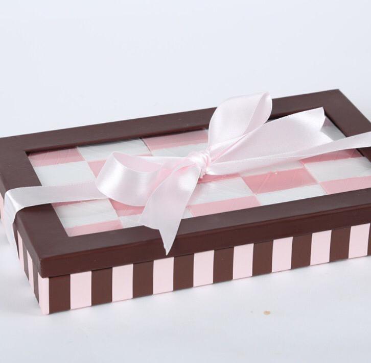 Pink Peanut Chew Gift box