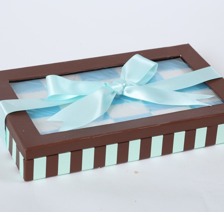 Blue peanut chew gift box