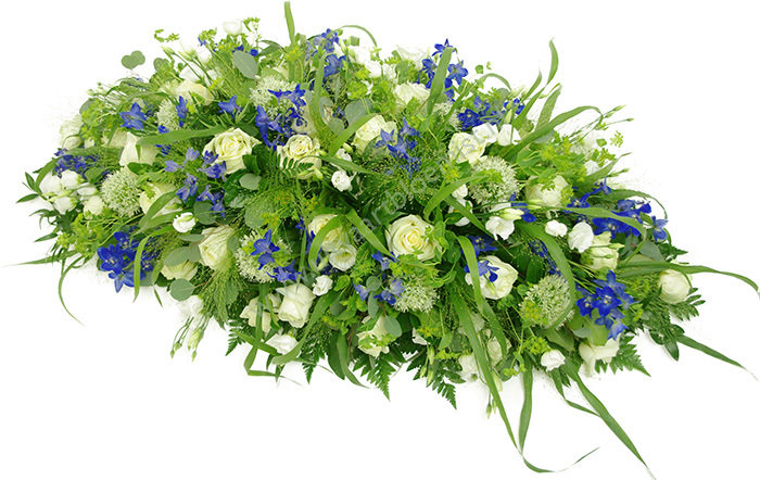Ovaal (bestelnr. MF155) Uitgevoerd in bloemen die in het seizoen verkrijgbaar zijn. Afgebeeld 80 cm l