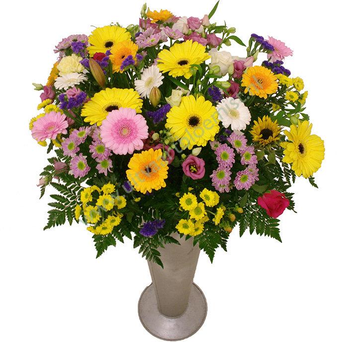 Gemengde uitdeelbloemen (bestelnr. MF201) Vanaf 60 stuks geleverd in vaas (*). Vaas in bruikleen. € 1,50 (per stuk)