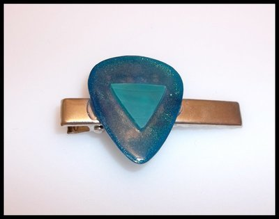 Blue Vinyl Guitar Pick Clip