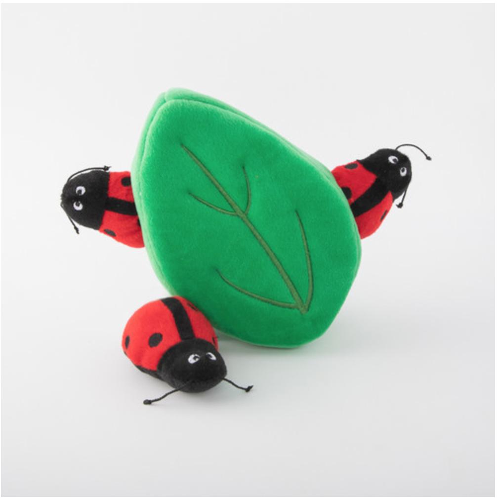 Zippy Paws Burrow - Ladybugs in Leaf