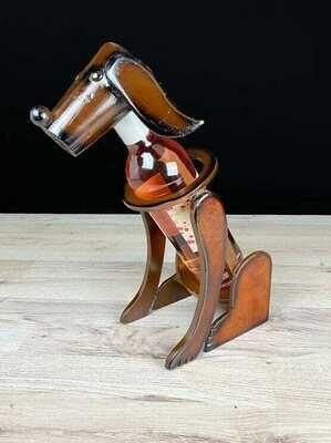 Viinipulloteline koira