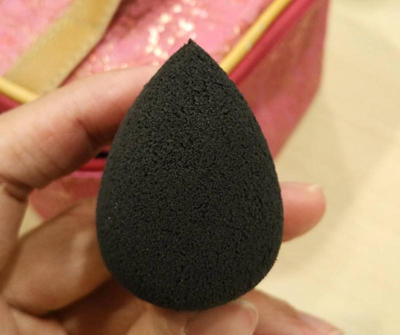 Mini Beauty Blender ( Black only)