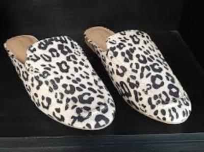 MD Mule Shoes