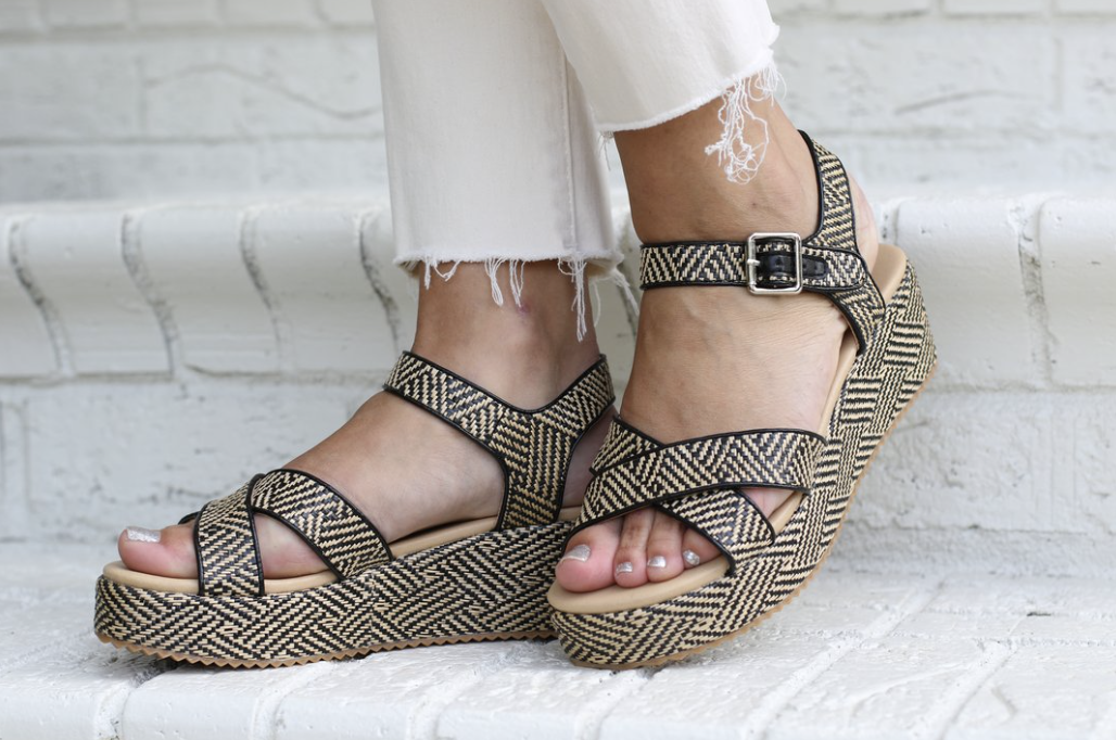 MD Sandals