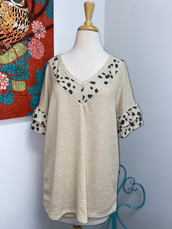 Leopard Sleeve & Neck Top