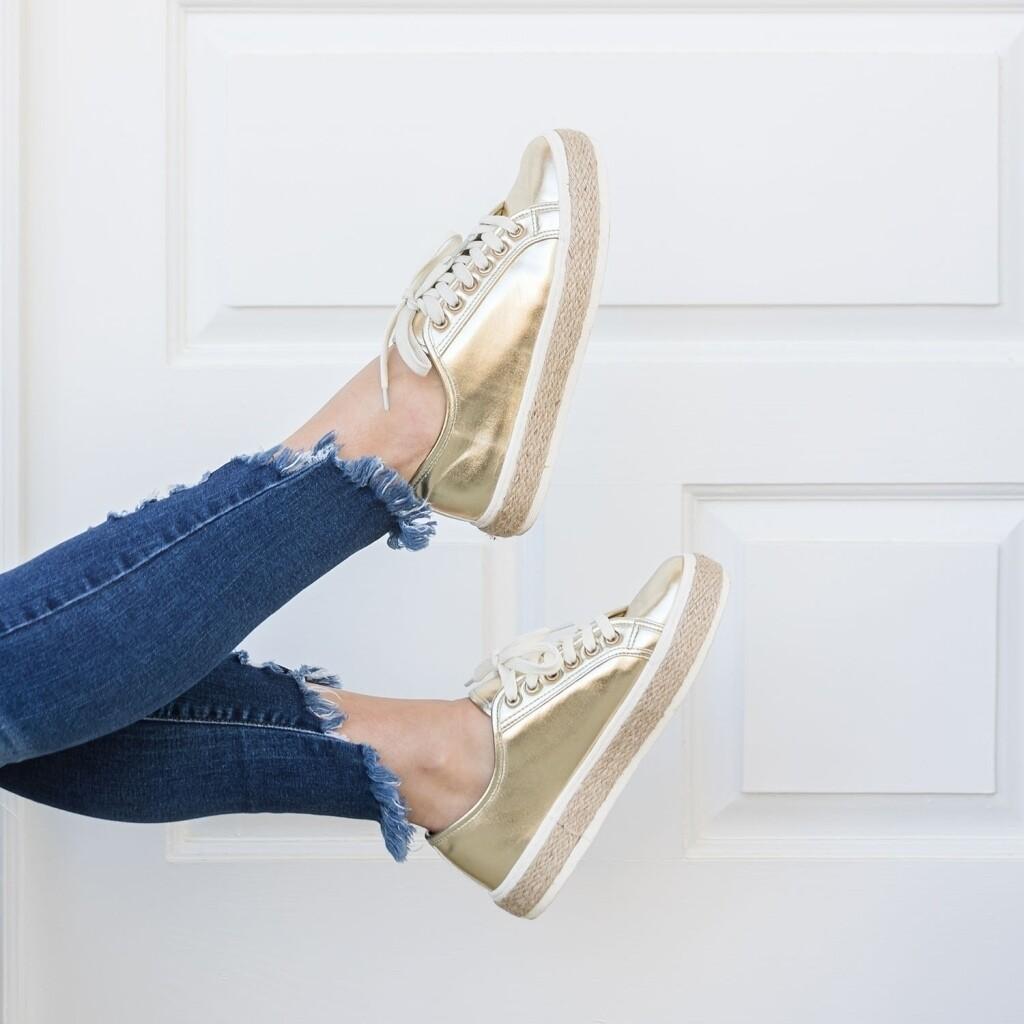 Cruz Gold Sneaker