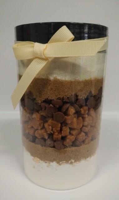 Recipe in a Jar - Choc Chip Salted Caramel Cookie Mix 640g