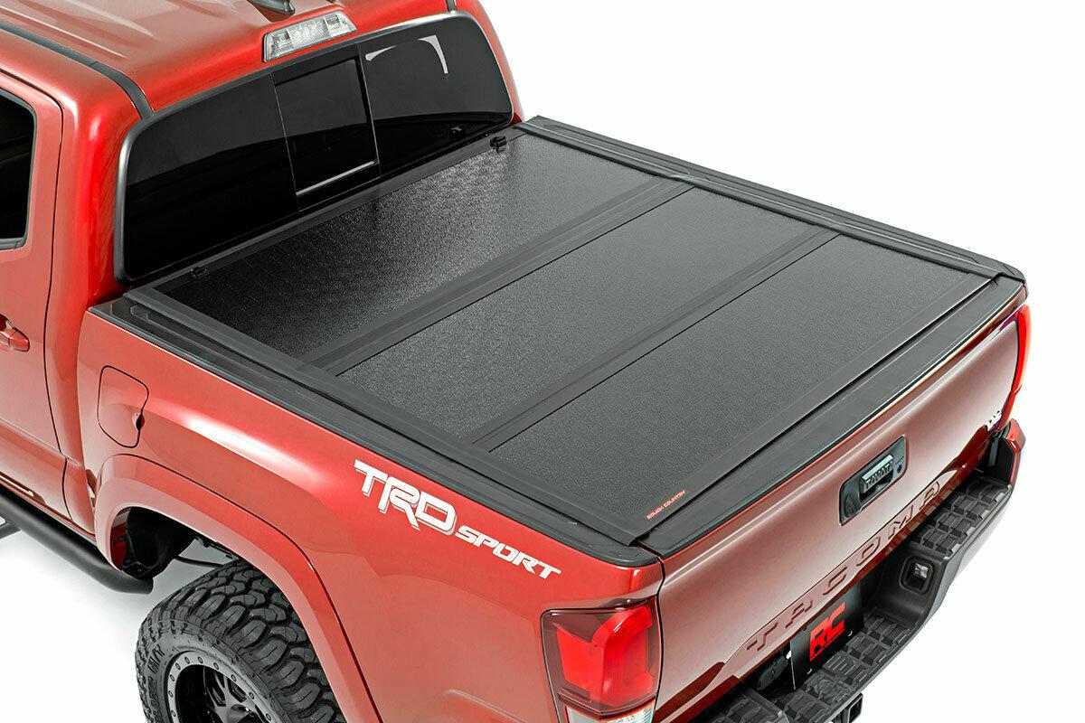 Toyota Low Profile Hard Tri-Fold Tonneau Cover (16-20 Tacoma   5' Bed)