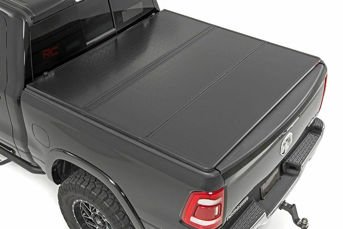 "Dodge Hard Tri-Fold Bed Cover (19-20 Ram 1500 - 5' 7"" Bed)"