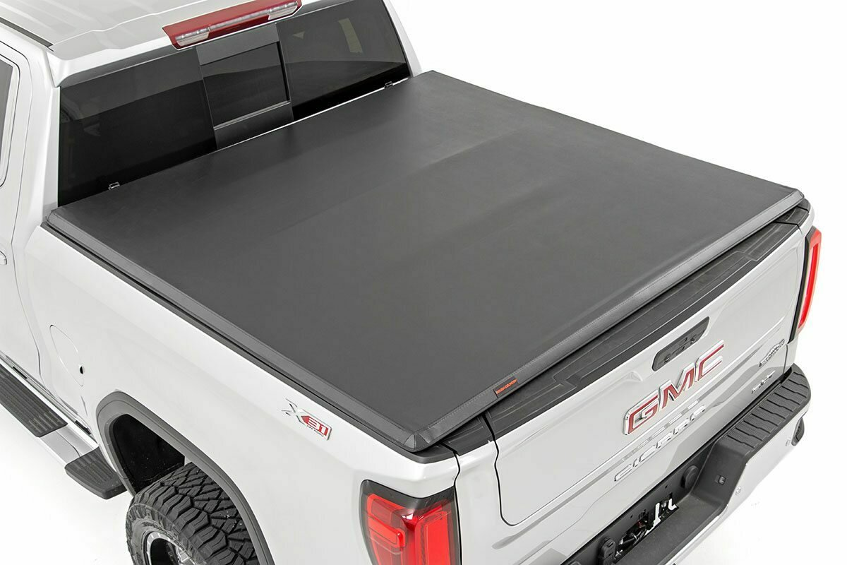 """GM Soft Tri-Fold Bed Cover (2019-2020 1500 PU - 6' 6"""" Bed w/o Cargo Mgmt)"""